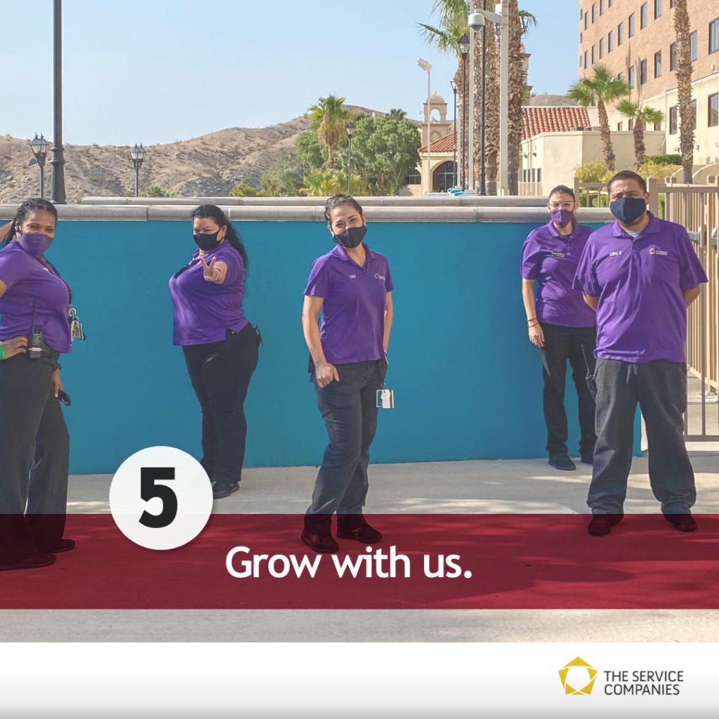 Grow with us! A team photo